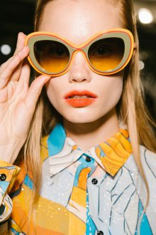 Круглые очки желтые