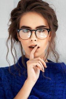 Круглые очки для зрения в толстой оправе