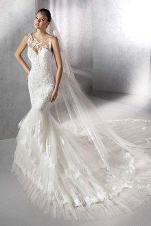 Свадебное платье рыбка с фатой