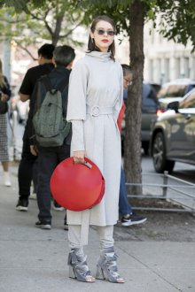 Серые туфли бархатные модные