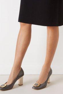Серые туфли лаковые с пряжкой