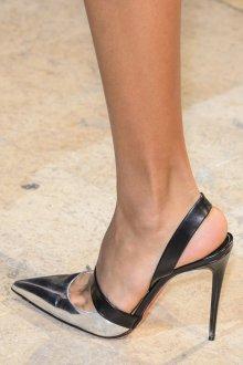 Серые туфли остроносые