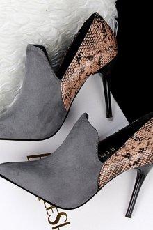 Серые туфли на шпильке