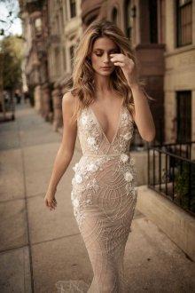 Свадебное платье айвори блестящее