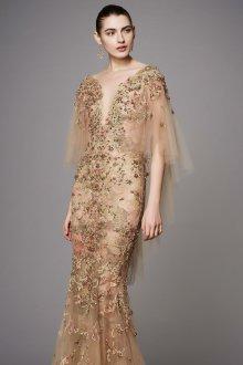 Свадебное платье айвори с цветами