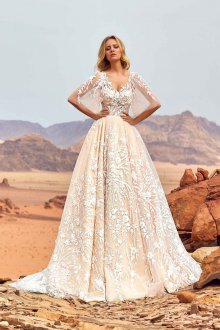 Свадебное платье айвори с декором