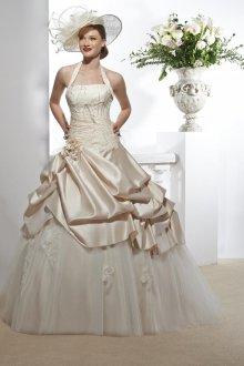 Свадебное платье айвори с драпировкой