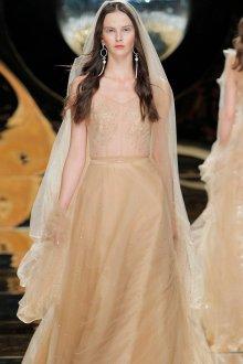 Свадебное платье айвори простое