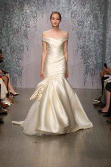 Свадебное платье айвори шелковое