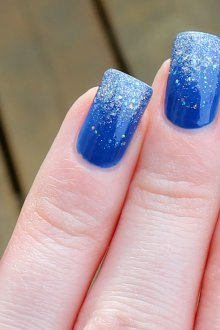 Синий маникюр на квадратные ногти