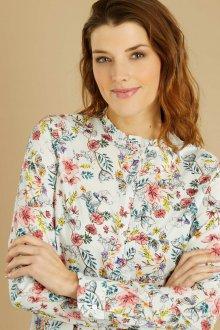 Блузка с цветами белая