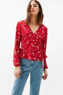 Блузка с цветами красная с запахом