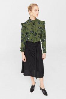 Блузка с цветами офисная