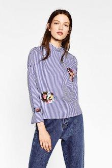 Рубашка в полоску с цветами