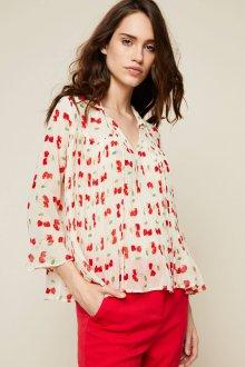 Блузка с цветами свободная