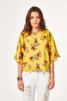 Блузка с цветами желтая