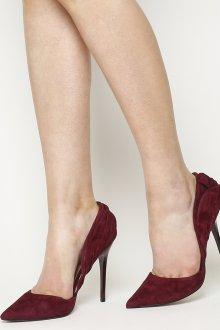 Бордовые туфли с декором