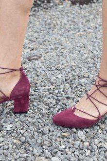 Бордовые туфли мэри джейн