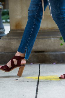 Бордовые туфли на устойчивом каблуке
