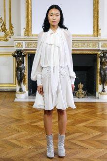 Повседневное платье белое шифоновое