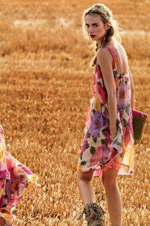 Повседневное платье бохо с крупным принтом