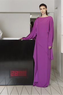 Повседневное платье длинное фиолетовое