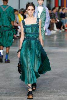 Повседневное платье плиссе