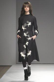 Повседневное платье твидовое с принтом