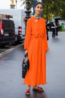Повседневное платье яркое