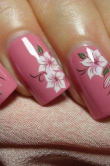 Маникюр с наклейками лилии