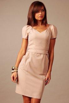 Бежевое платье футляр