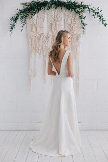 Атласное свадебное платье тренды