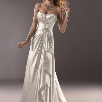 Атласное свадебное платье с запахом