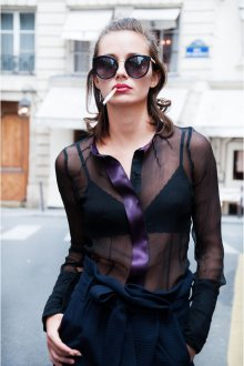 Блузка прозрачная с атласной отделкой
