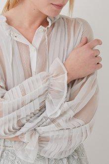 Блузка прозрачная белая с драпировкой
