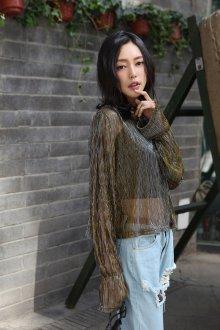 Блузка прозрачная с джинсами