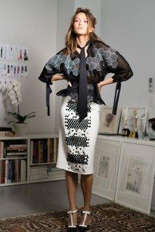 Блузка прозрачная с геометрическим принтом