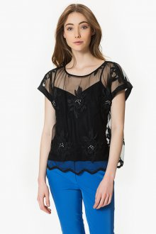 Блузка прозрачная с вышивкой
