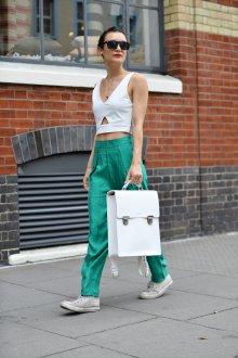 Белый рюкзак кожаный