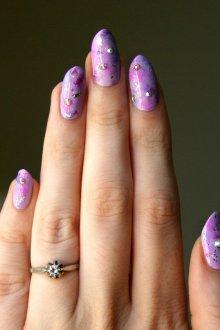 Фиолетовый нейл арт