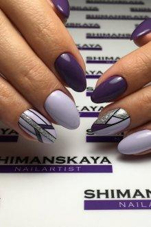 Фиолетовый маникюр геометрический