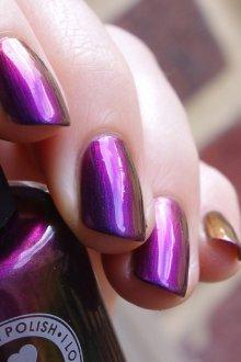 Фиолетовый маникюр весенний