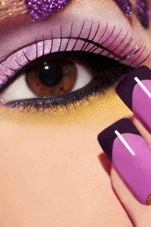 Фиолетовый маникюр с золотом