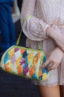 Вязаная сумка с ромбами