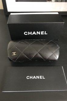 Футляр для очков Chanel черный