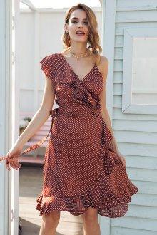 Платье в горошек бордовое