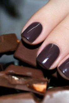 Маникюр в коричневых оттенках