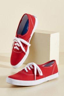 Красные кеды текстильные