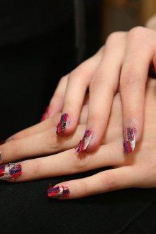 Маникюр на длинные ногти оригинальный