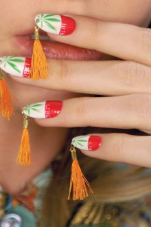 Маникюр на длинные ногти с кистями
